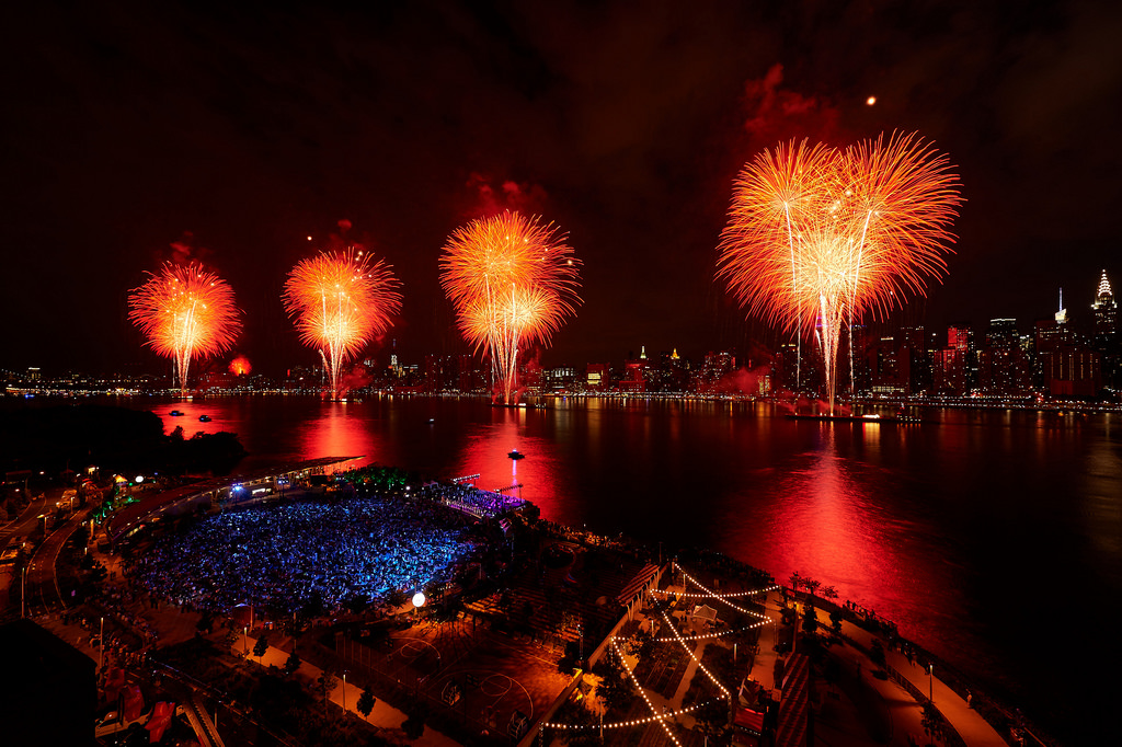 Photo Highlights of the Macy's July 4th Spectacular