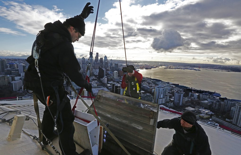 Big blast: Space Needle prepped for New Year's fireworks show