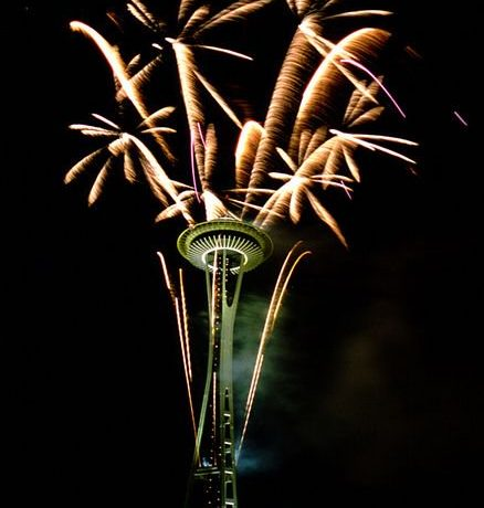 Watch Seattle's spectacular New Year's at the Needle fireworks display